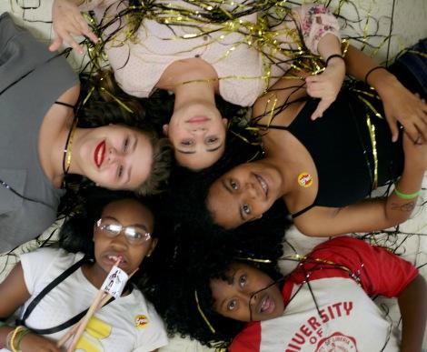 girls rock group 02