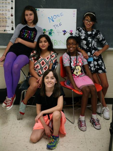 girls rock group 04